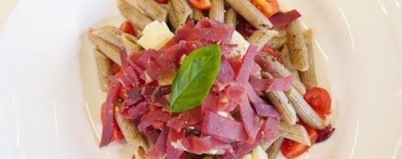 Embedded thumbnail for Penne di saraceno con julienne di bresaola e Scimudin